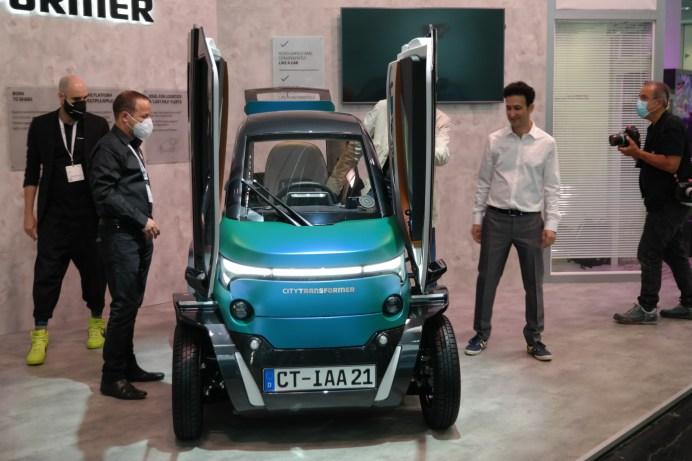 Schmalspur-Auto: Der City-Transformer ist je nach Bedarf mal 1,40, mal einen Meter breit. © Rudolf Huber / mid