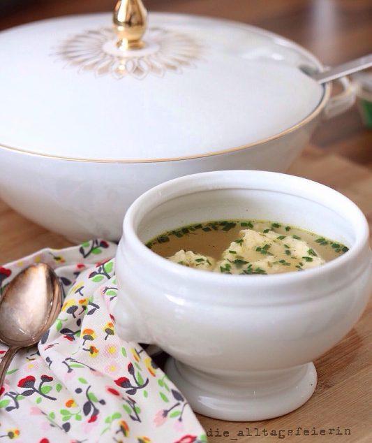 Wochenplan, Speiseplan, Essensplan, Was koche ich heute, Suppe, Suppendienstag, Griesskloesschensuppe, Was koche ich heute?