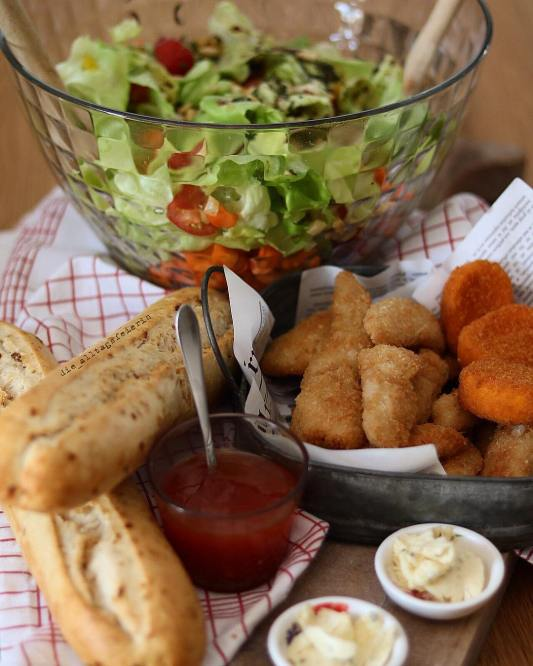 Speiseplan, Essensplan, Wochenplan, Freebie, Salat, Salat mit Fingerfood, Balsamicodressing, Fingerfood, Freebie, Dips