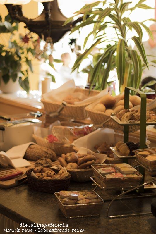Fruehstuecksbuffet, Geburtstag, Bad Soden Salmuenster, Kishotel,
