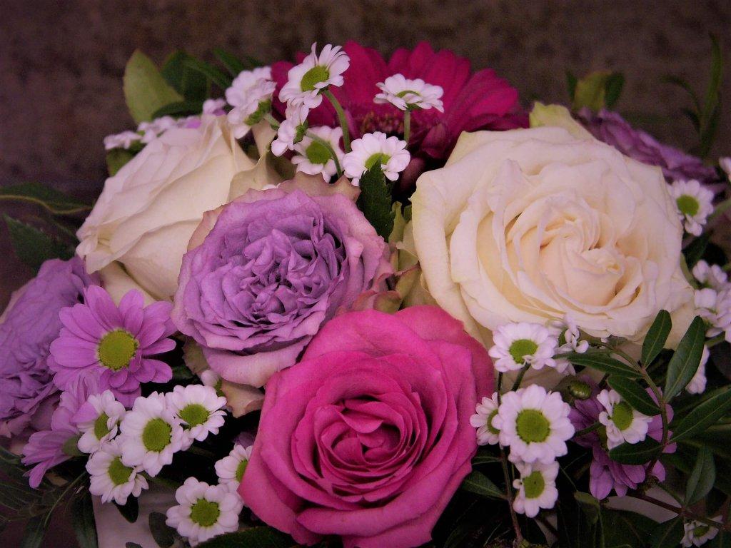 Ganz viel Freudestrahlen schenken Blumen senden
