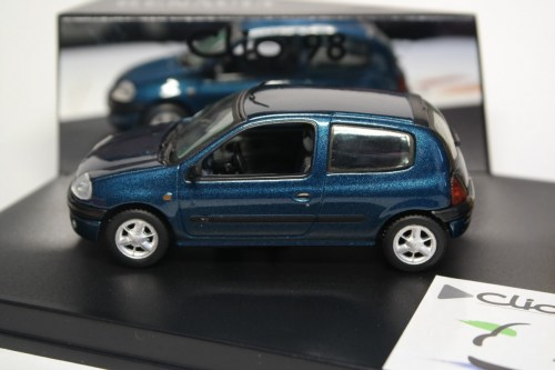 small resolution of  vitesse renault clio ii phase 1 1 6 16v 1998 bleu outremer