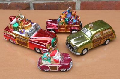 Woody ornaments