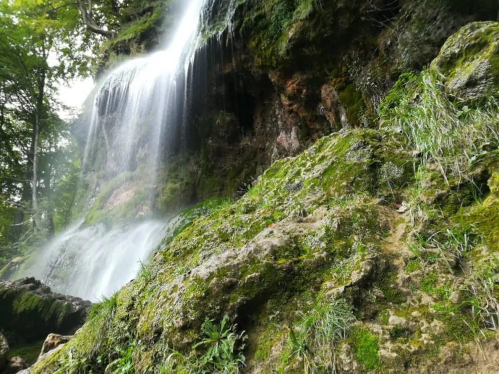 Read more about the article Wanderung am Uracher Wasserfall