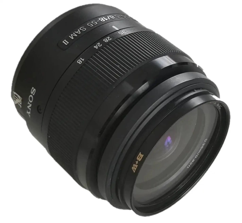 Unser Standardobjektiv, das Sony SAL18552