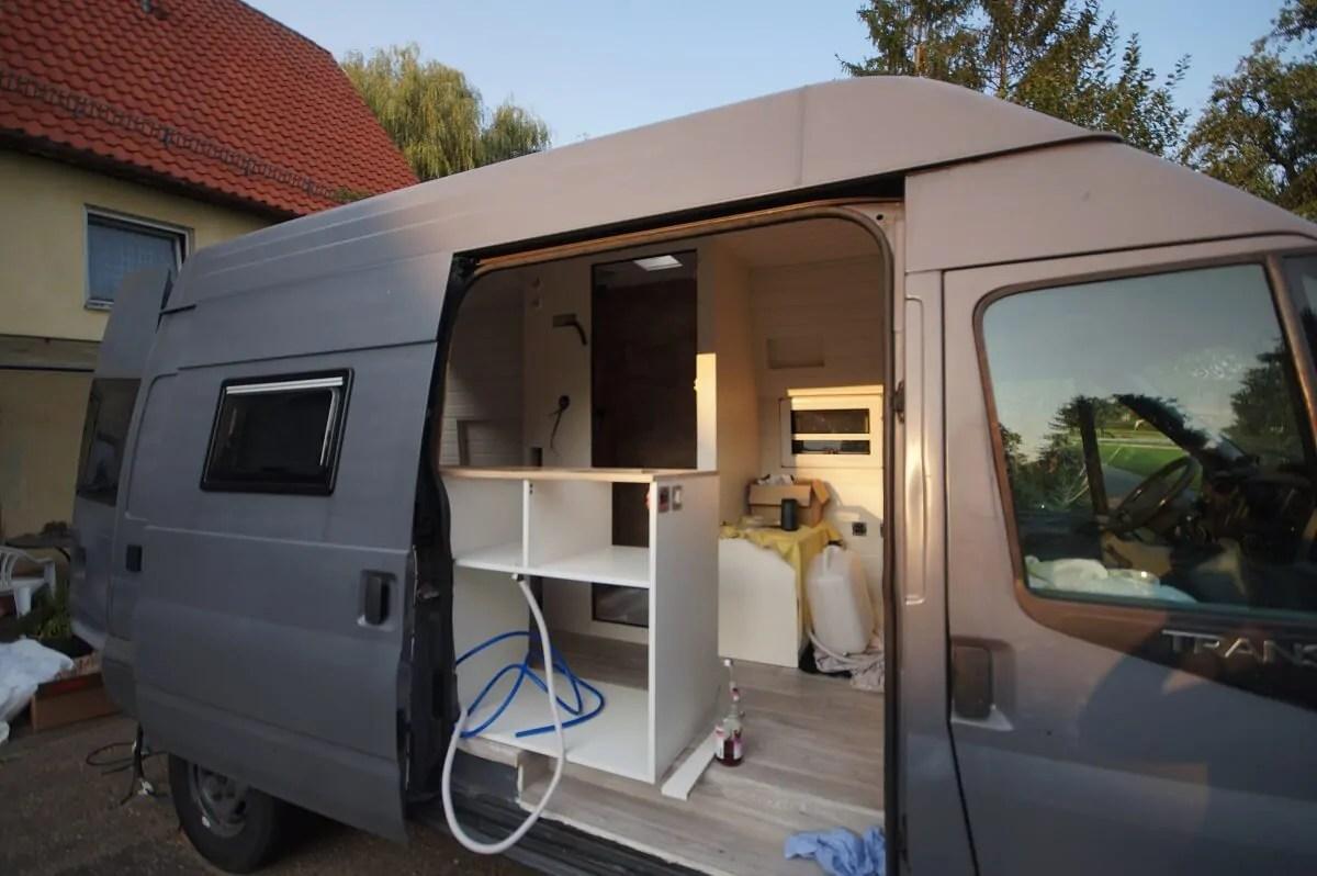 Während der Pandemie bauten wir unseren Camper aus