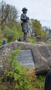 Statue von Kemble Warren auf dem Little Round Top, er alamierte die Union über die Bedrohung und sicherte dadurch den Nachschub