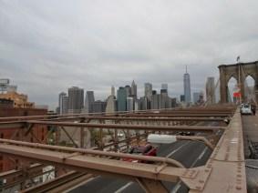 Blick vom östlichen Ende der Brooklyn-Bridge