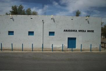 Eine Oper mitten inder Wüste
