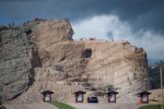 Crazy Horse Memorial, das Gesicht ist schon zu erkennen
