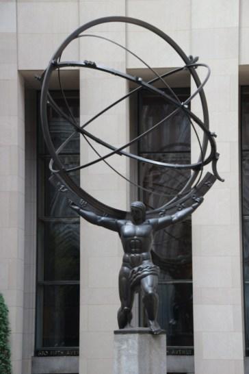 Atlas der die Welt trägt vor dem Rockefeller Center