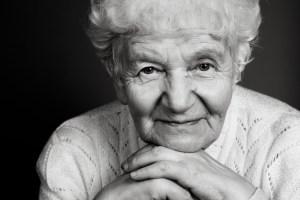 1840 Old woman black white portrait 1