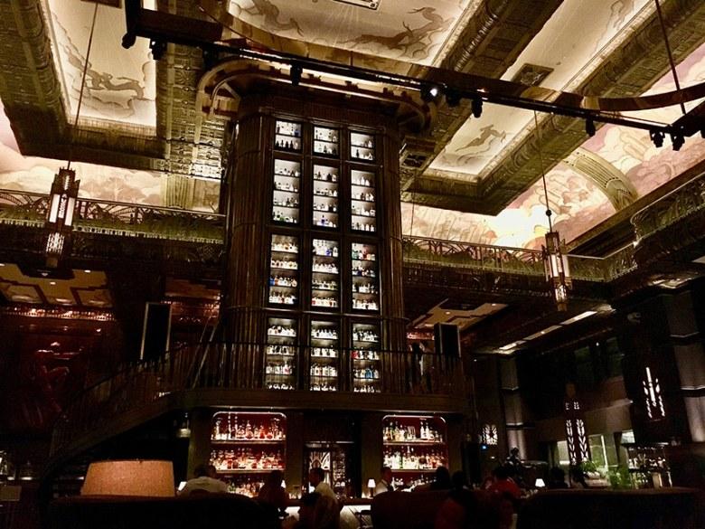 Zählt nicht nur in Singapur, sondern weltweit zu den besten Bars: Die ATLAS Bar.