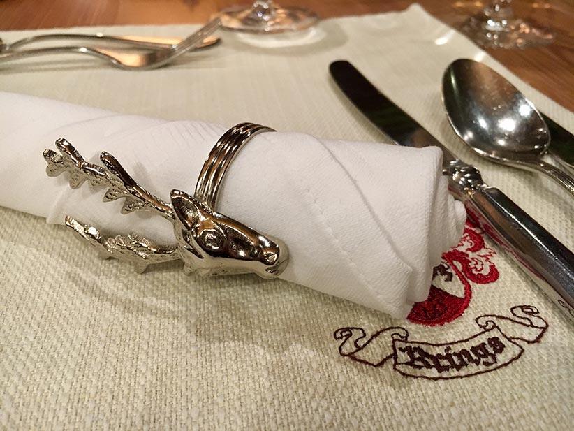 Weißer Spargel mit Sauce Hollandaise