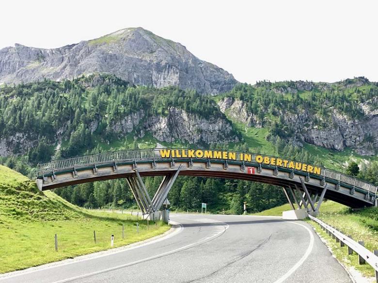 Obertauern-Straßensperre: B99 zwischen Untertauern und Obertauern vom 13. Mai bis 5. Juli 2019 wegen Felsarbeiten nur eingeschränkt befahrbar.
