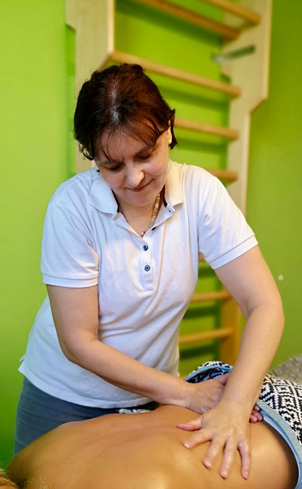 Bei VIVO Physio-Masseurin Martina Lang bekommt man sowohl medizinische, als auch Wellness-Massagen.