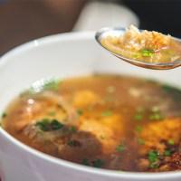 Kaspressknödel nach Lungauer Art. Ein tolles, leicht nachzukochendes Rezept, um Erinnerungen an den Österreich-Urlaub zu Hause kulinarisch aufleben zu lassen. Foto: TVB Obertauern