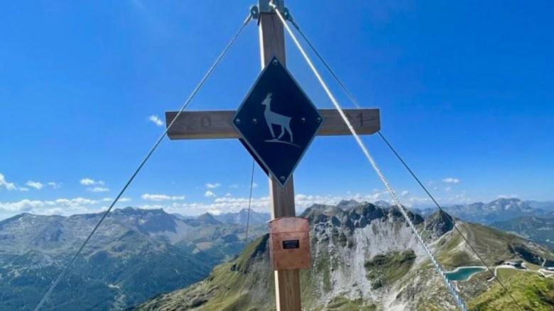 Die Gamsleiten in Obertauern hat seit September 2021 ein Gipfelkreuz. Foto: Florian Modl