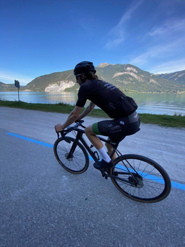 Rennradfahren am Wolfgangsee