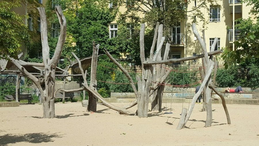 spielplatz drachenspielplatz berlin. Black Bedroom Furniture Sets. Home Design Ideas