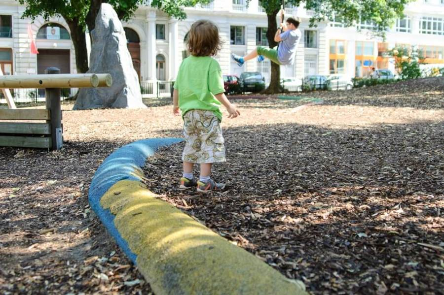 sommer-am-spielplatz-die kleine botin-Hermann-Gmeiner-Spielplatz (6 von 6)