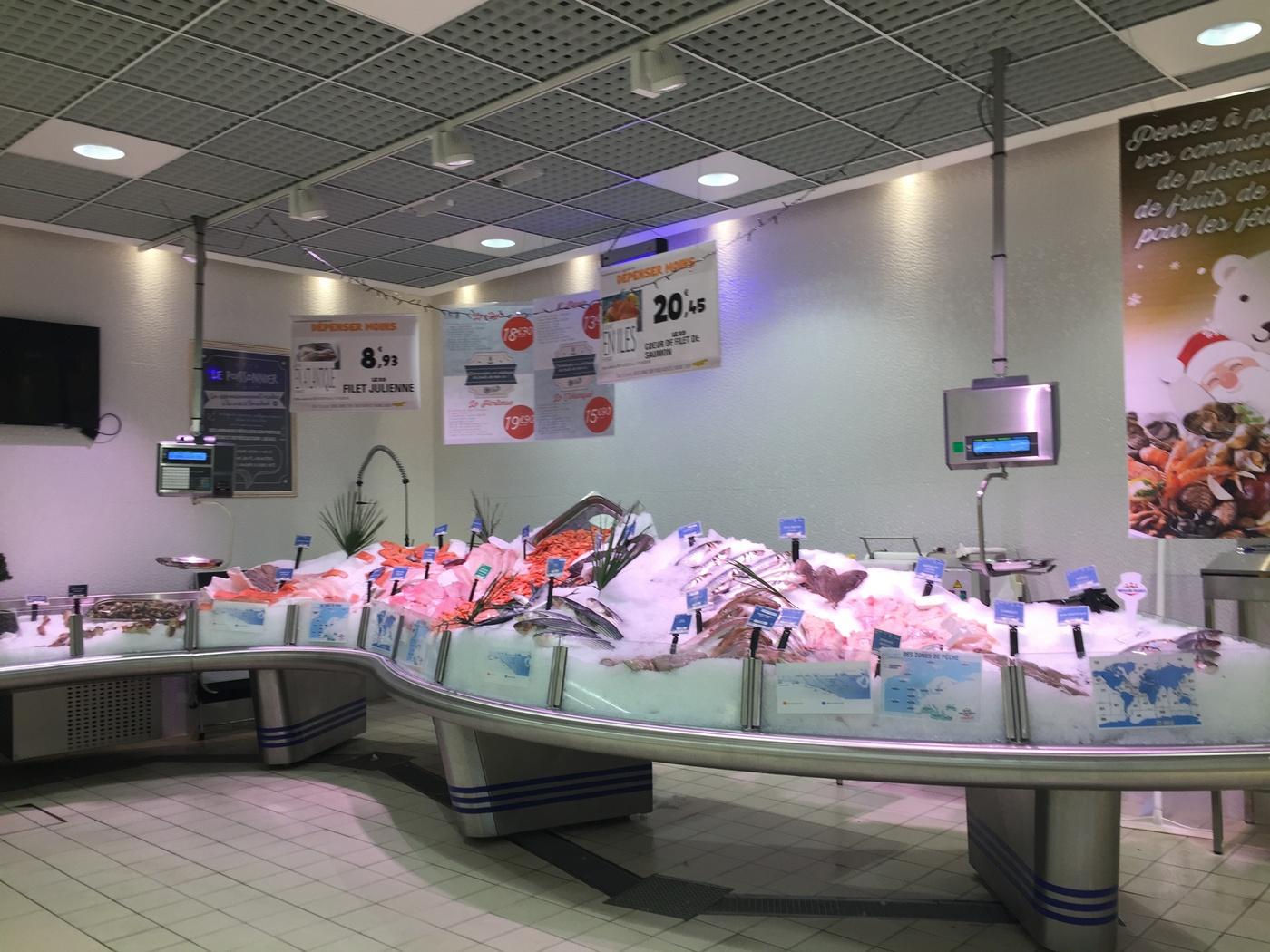 Fischabteilung Frankreich Supermarkt