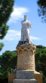 Statue im Park.