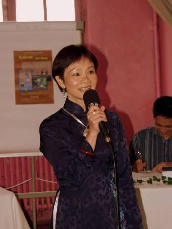 Nhà văn Mai Ninh giới thiệu bộ tiểu thuyết lịch sử 3 quyển của nhà văn Nam Dao http://www.talawas.org/talaDB/showFile.php?res=12334&rb=0206