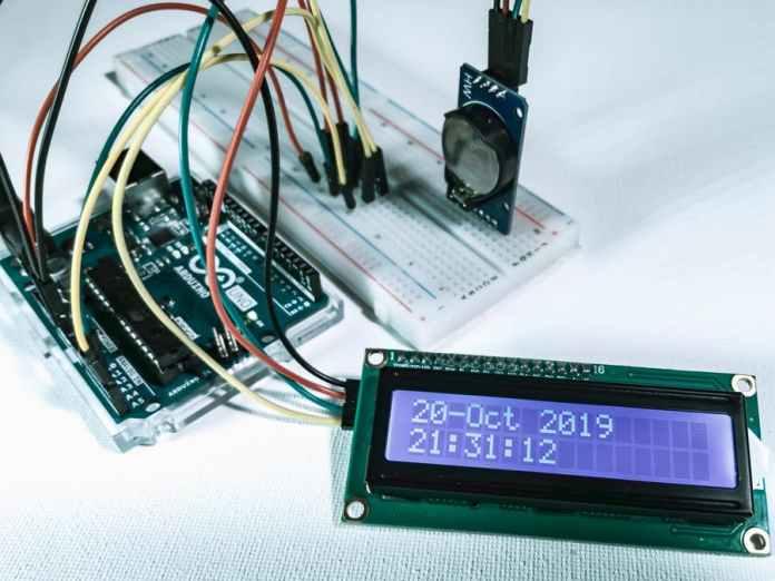 Hiển thị thời gian thực trên LCD dùng Arduino và DS1307
