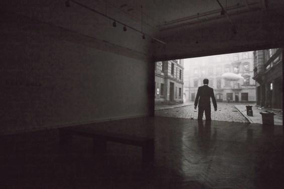 "Filmstill aus ""Deep Gold"", 2013/14, © Julian Rosefeldt, by Courtesy Barbara Gross Galerie München und ARNDT Berlin / Singapore, VG Bild-Kunst"
