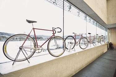 Klassische Rahmengeometrien in der Bahnrad-Sammlung von Sigi Rechberger/Graz beim Bicycle Happening Linz 2016. Foto Sandro E. E. Zanzinger