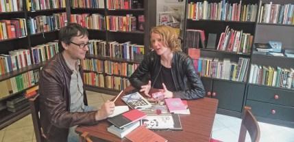 Über ihren Roman und ein Europa der A-, B-, C- und D-Zonen spricht Eva Schörkhuber im Interview. Foto Buchhandlung Libreria Utopia in Wien