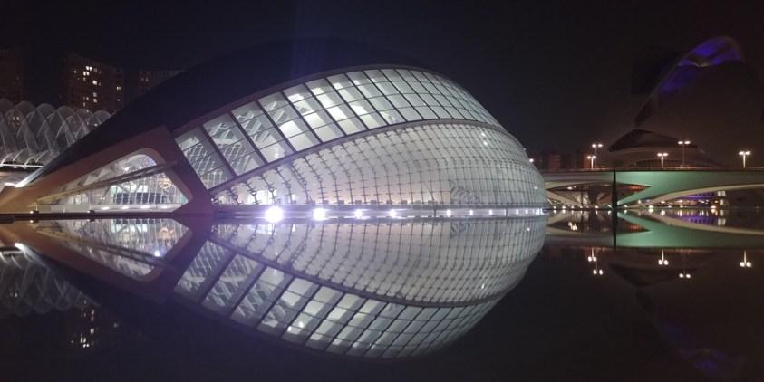 Valencia Ciudad bei Nacht
