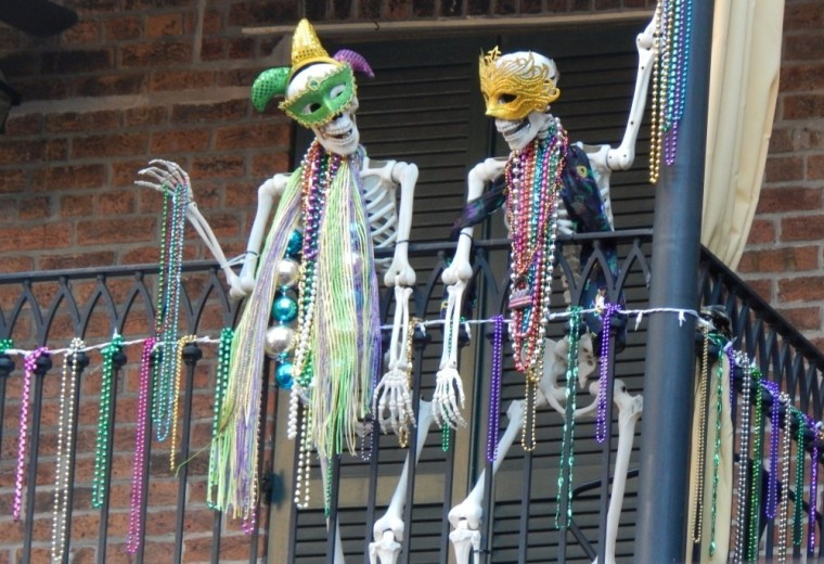 Foto Januar 11 Mardi Gras Skelette