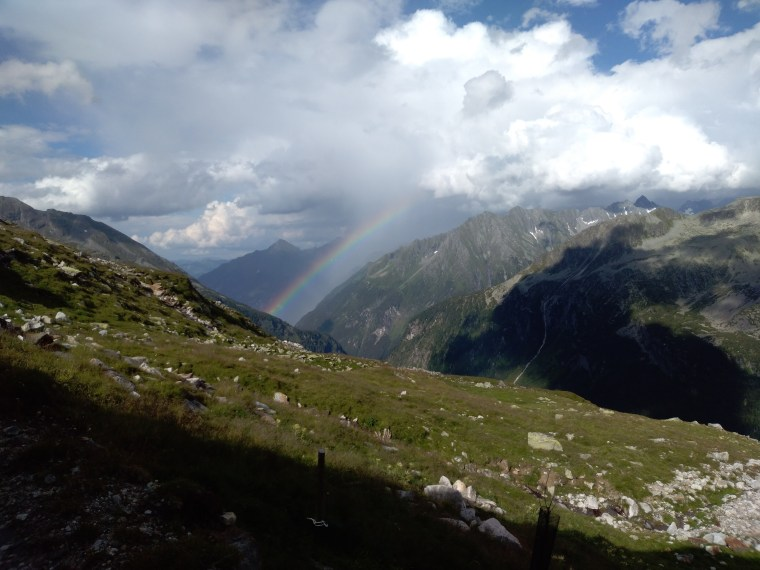 Regenbogen_Outdoorfamilienglueck.jpg