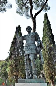 Roma (446)