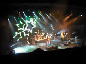 The Rattles in concert auf der Mein Schiff 1