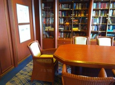 Die bordeigene Bibliothek