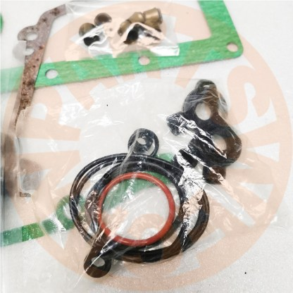 KOMATSU 3D95 3D95SW ENGINE OVERHAUL GASKET SET HEAD GASKET PC40 6 PC50UU 1 3