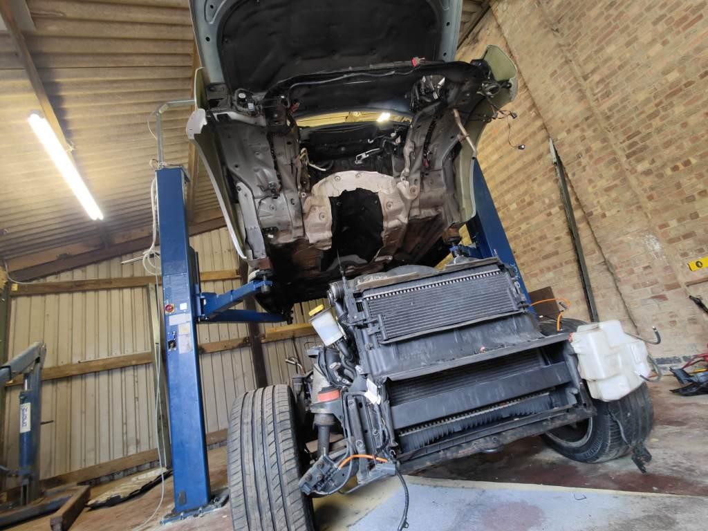 range rover fitting