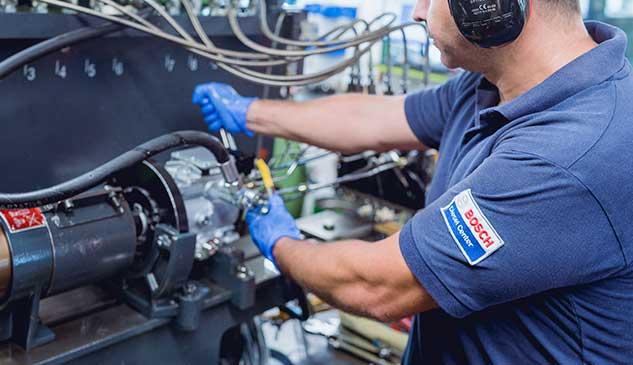 Montaje de bomba VP Bosch para su comprobacion en banco de pruebas EPS 815