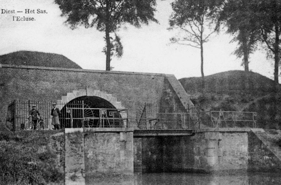 De Sas Poort in 1908