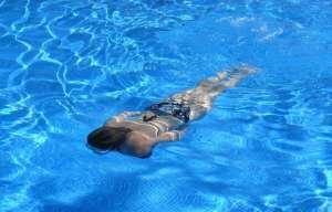 rassodare il corpo con il nuoto