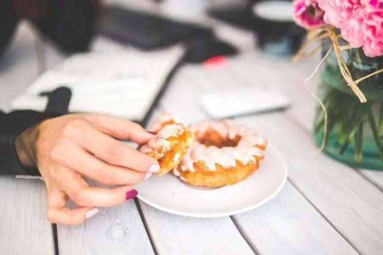 糖質制限ダイエットで食べても良い食品とダメな食品は?