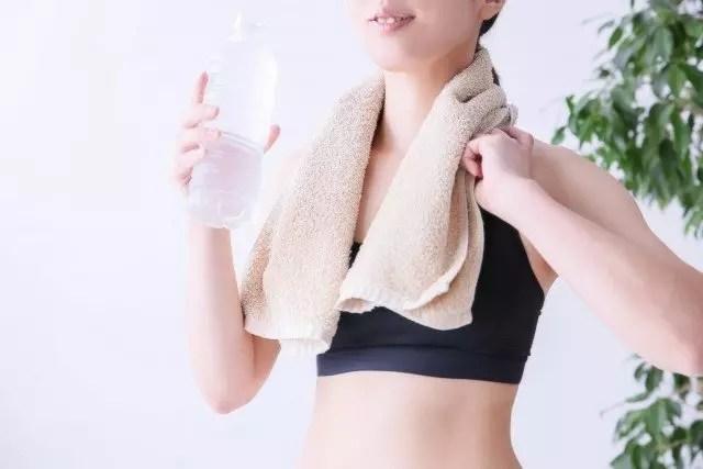 ダイエット中におすすめの低カロリードリンク11選と飲み方!