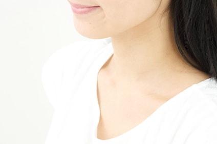 首痩せダイエットは筋トレも効果的!【エステではしわ対策も?】
