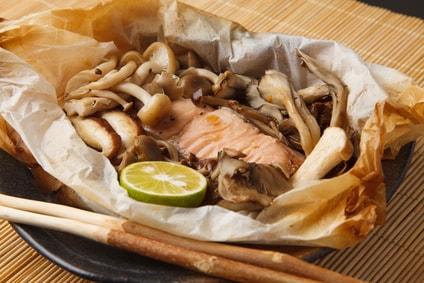 鮭ときのこのホイル包み焼き