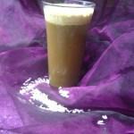 Kokosowa kawa mrożona – przepis niskokaloryczny