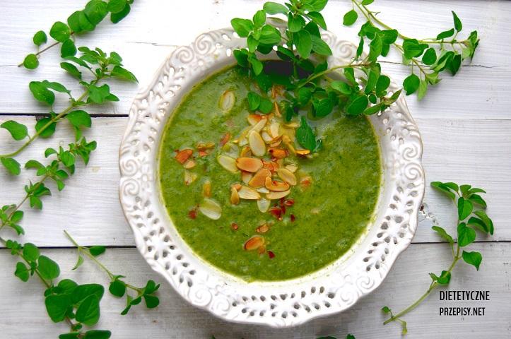 Niskokaloryczna Zupa Krem Z Brokulow I Szpinaku Dietetyczne