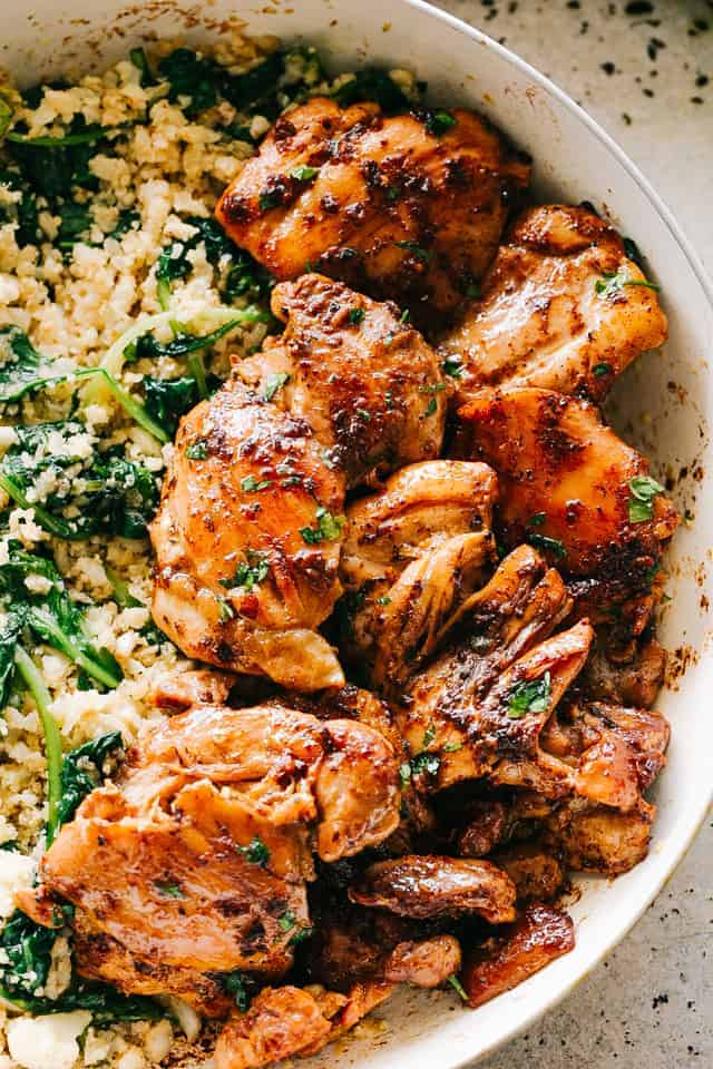 Juicy Stove Top Chicken Thighs   Easy Chicken Thighs ...